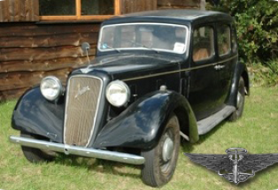 Austin Light 12/4 Ascot Saloon